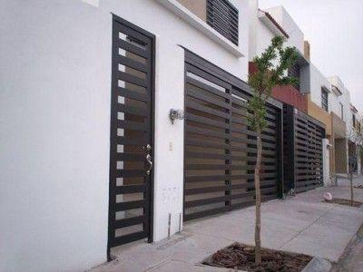 Rejas modernas para casas lindas e1470100004333 400x300 for Modelos de puertas exteriores para casas