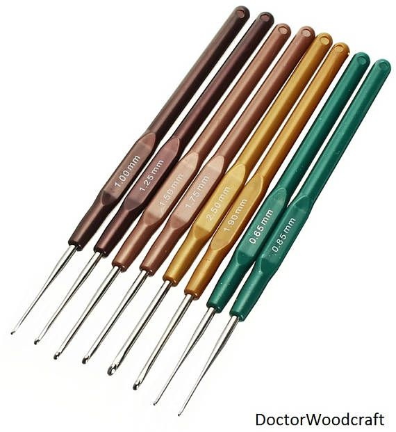 Lightweight and durable knitting hooks. Crochet hooks