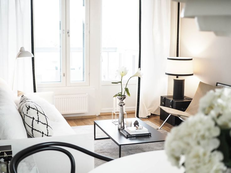 Modern interior / black and white / kelly hoppen / balmuir