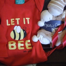 Baby Gift Fairtrade Organic - perfect for fans of the bees