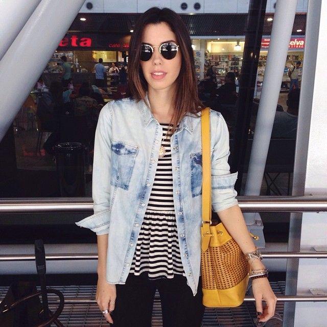 "Garotas Estúpidas no Instagram: ""REC >> RJ ✈️ camisa @tramajeans + blusa @forever21 + oculos @rayban #geontheroad #aerolook #ootd #camilacoutinho"""