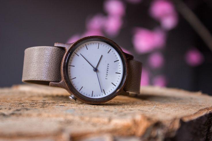 Außergewöhnliche Materialien. Hervorstechendes Design. Kerbholz Uhren sind etwas besonderes. #Kerbholz #watches #rosebags #bocholt