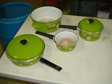 RETRO VINTAGE 1970's Floral Design Enamel Pots and Pans Set - 6 Pieces-GREEN