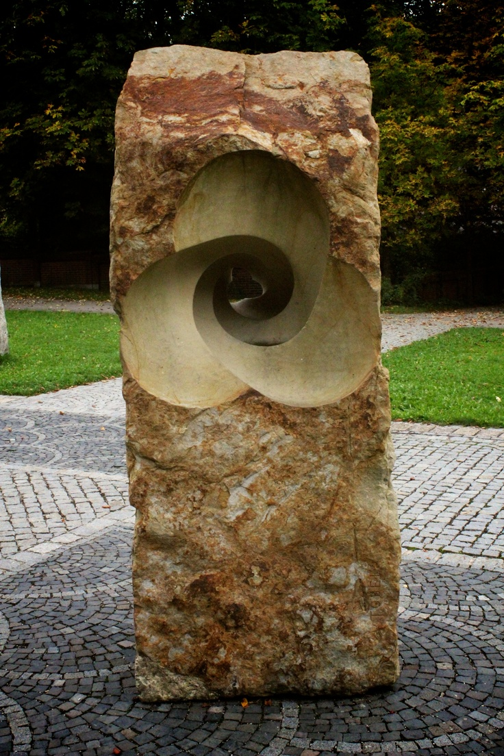 Skulptur aus St. Ottilien