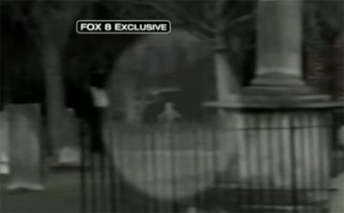Best Ghost Videos Ever Taken: Best Ghost Video: Colonial Park Cemetery Ghost