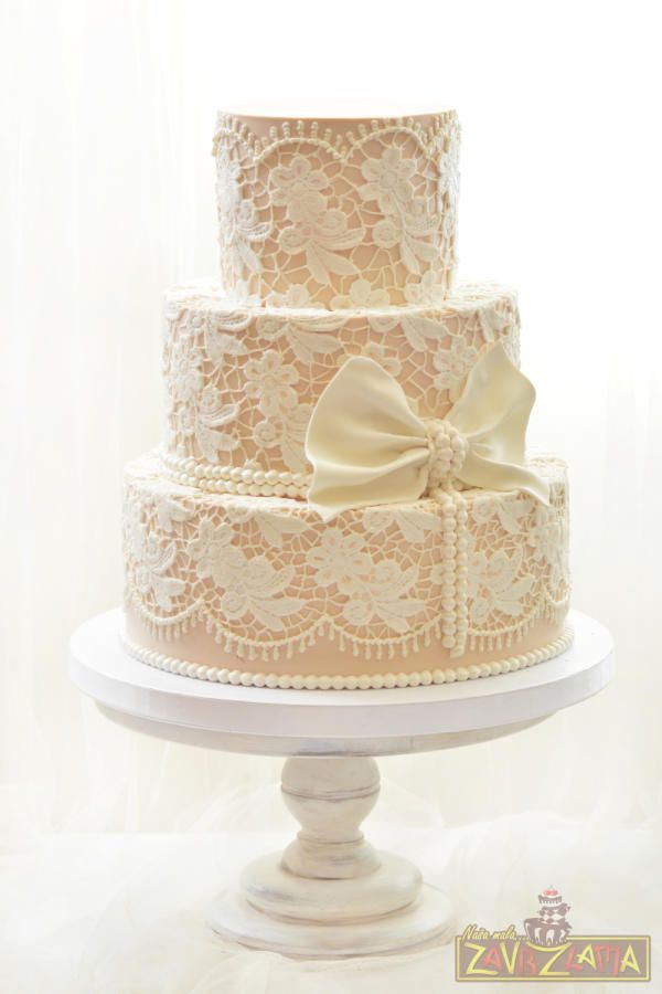 white lace wedding cake 1000 ideas about lace cakes on floral cake 27296