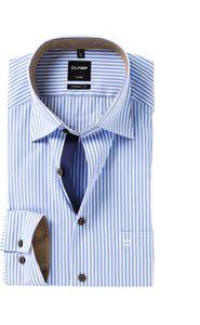 Overhemden daar hebben wij een grote collectie van online. Maar niet zo maar overhemden, wij hebben voornamelijk strijkvrije overhemden (m.u.v. OLYMP Level 5, deze zijn extra easy care). Daarnaast vind je hier ook stropdassen in allerlei kleuren en motieven, een uitgebreide collectie heren truien in diverse kleuren en modellen