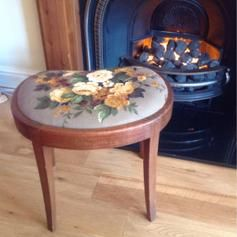 Gebraucht Vintage refurbished dressing table stool in SW16 London um £ 45,00 – Shpock