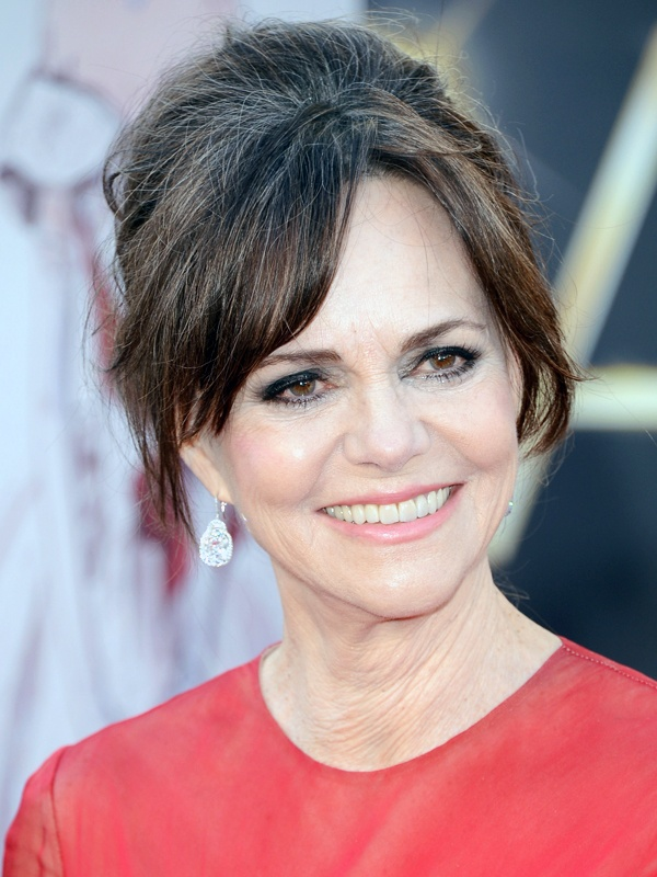 Oscars 2013 beauty: Sally Field http://beautyeditor.ca/gallery/oscars-2013-all-the-celebrity-beauty-looks-straight-from-the-red-carpet/sally-field/