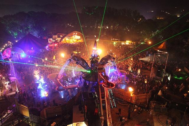 Glastonbury Festival 2010 - Arcadia by paolo999, via Flickr