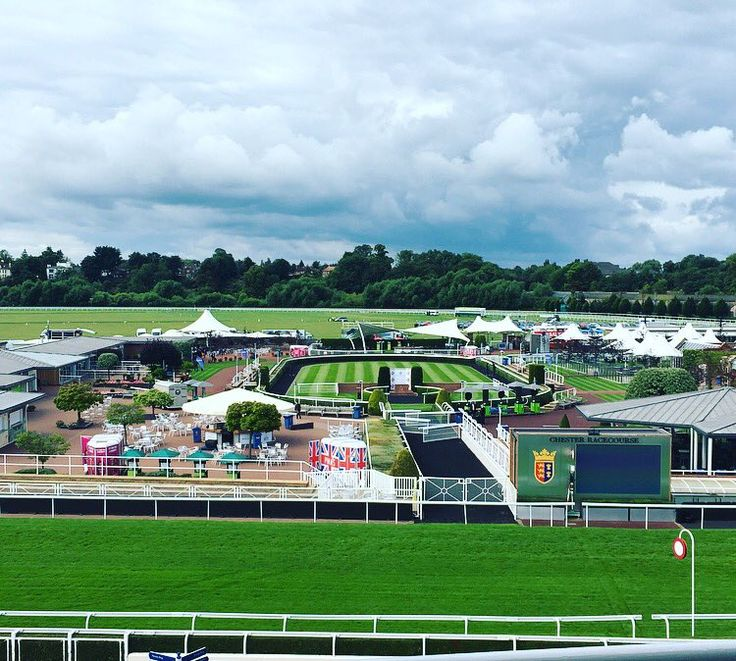 Family Fun Day at Chester Races 2016   Chester Racecourse, Chester   www.visitchester.com