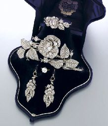 PARURE ANTIQUE SILVER AND GOLD WITH DIAMONDS. Consists of a tiara in a flower branch design (components can be worn as pins and hair ornaments), a bracelet, a pair of earrings and a ring by Franconeri Naples, dated 1883.: Antiques Silver, Antiques Jewelry, Diamonds Ice, Bracelets, Unbelieeeev Jewelry, Crowns Jewels, Branches, Hair Ornaments, Vintage Jewelry