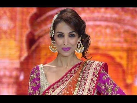 Malaika Arora Khan looks EXOTIC in saree.