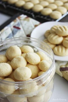 This recipe makes very light, crumbly, oh-so-very-buttery, melt-in-your-mouth sugee cookies, using the simplest of everyday ingredients.
