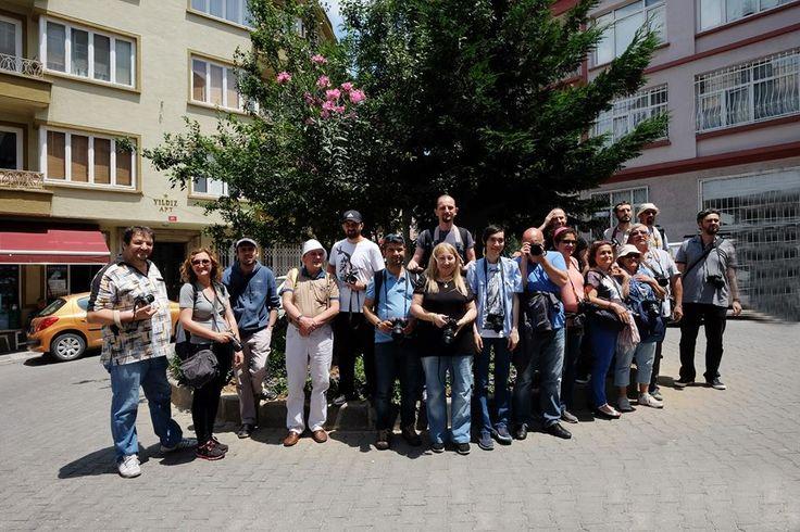 Fujifilm Türkiye & Kadraj Gezginleri Sokak Fotoğrafçılığı Workshop etkinliğinden grup fotoğrafımız  yıl 2015