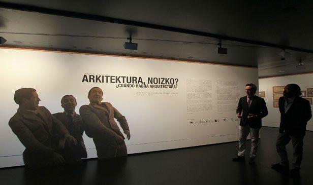 """""""¿Cuándo habrá arquitectura? José Manuel Aizpurua & Joaquín Labayen"""". Museo Jorge Oteiza. Hasta el 06/10/2013."""