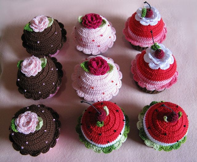 Cupcake Crochet - gehaakte cupcakes (no pattern attached, geen patroon)