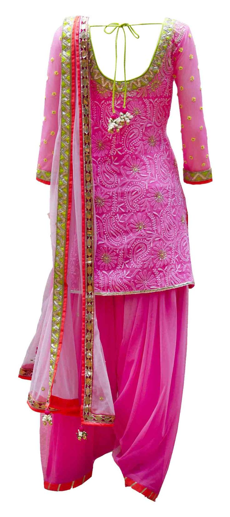 And patialas are back with a bang! :D Here's a cute one in pink+gold border. #love