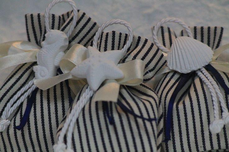 sacchetto righe blu con decorazione gessetto tema mare