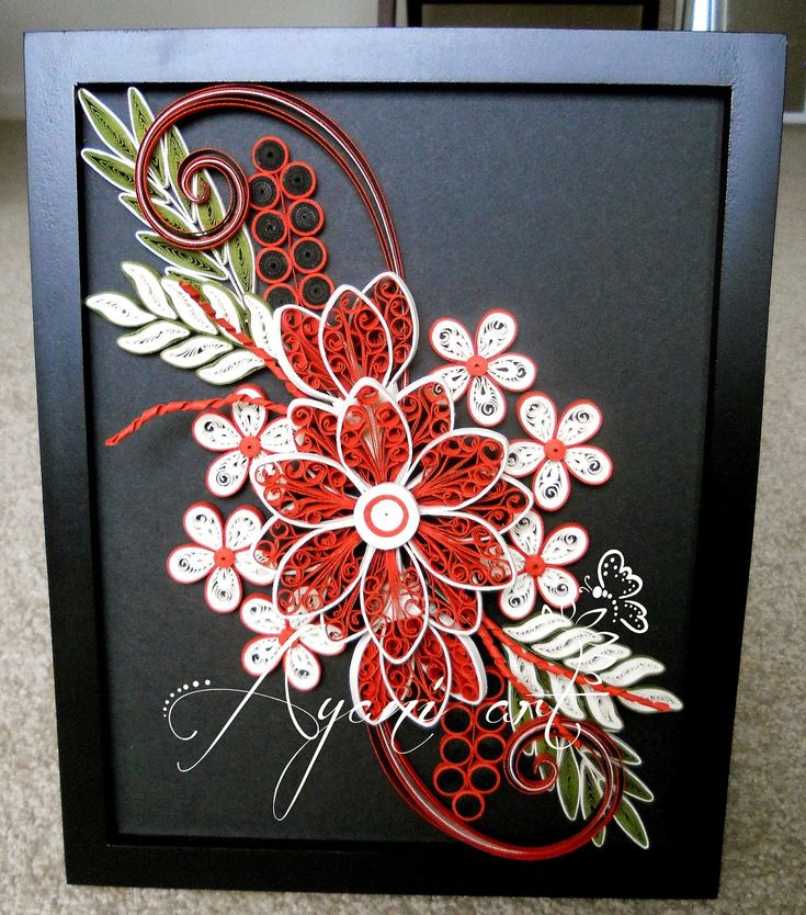 Quilling Line Art : Ayani art quilling in red cream and green paper works
