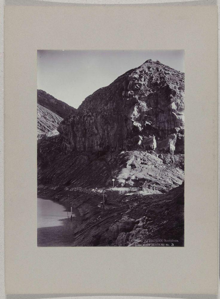 Kratermeer op het Idjen Plateau, Java, Nederlands-Indië, O. Kurkdjian, c. 1895 - c. 1915