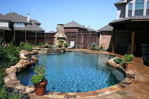 Gold medal pools custom swimming pool designs dallas for Custom swimming pool designs