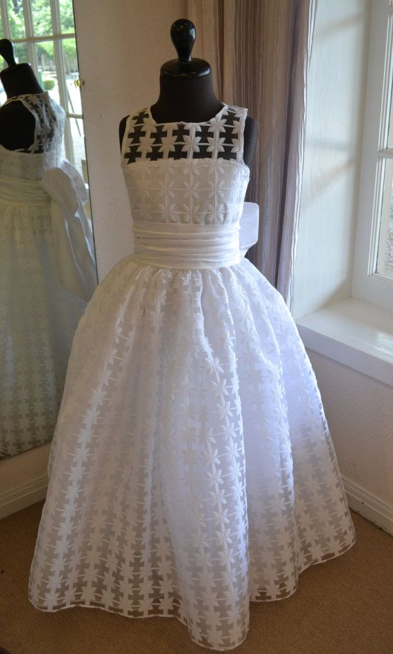 First Communion Dress, Holy First Communion Dress ~ 1st Communion Dresses ~ Confirmation Dresses ~ Junior Bridesmaid Dress ~ Flower Girl Dresses ~ www.couturesbylaura.etsy.com