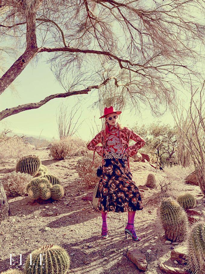 """лленберг (Laura Schellenberg) позировала Максу Абадяну (Max Abadian) в Палм-Спрингс, Калифорния для октябрьского выпуска канадского ELLE. Фотосессиия получила имя """"Candy Land""""."""