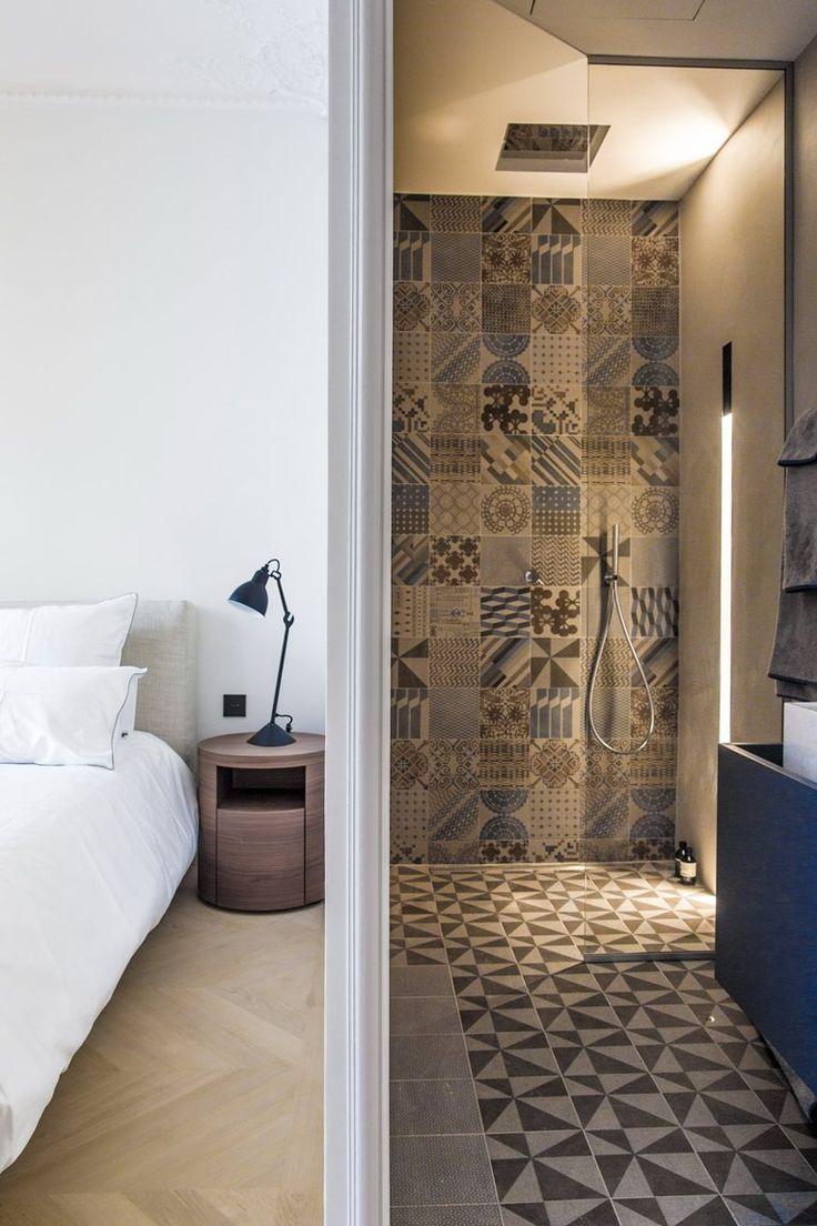 Rue de Solferino, Parigi, 2013 #bathroom #tiles #ceramic