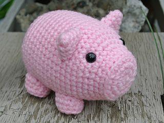 Hamlet the Pig #crochet pattern by @Sarah Horrocks