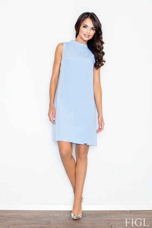 Błękitna sukienka bez rękawów