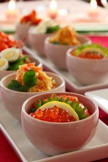 4色寿司:海鮮寿司、かに玉寿司、鶏そぼろ寿司、エビチリ寿司