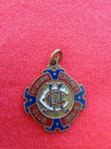 1905-06-MELBOURNE-CRICKET-CLUB-MEMBERSHIP-BADGE-MCC