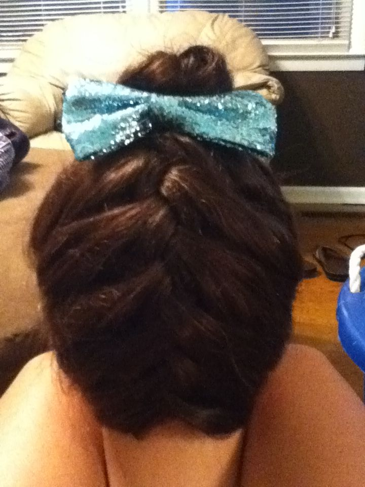 Cheerleader hairstyle