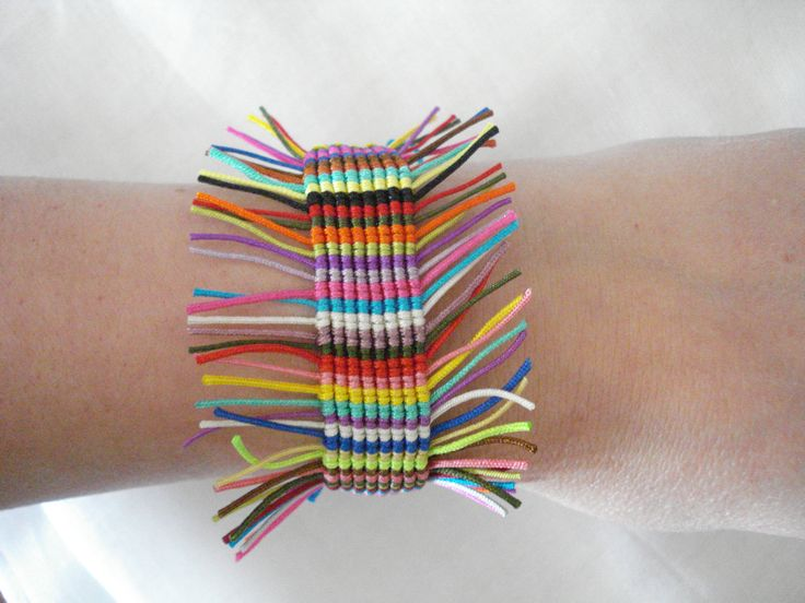 Bohemian style bracelet. Multicoloured. Totally handmade.