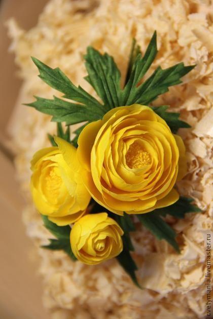 """Бутоньерка """"КУПАВКИ"""" - авторская работа,брошь,бутоньерка,брошь-цветок"""