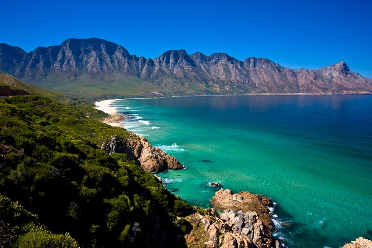Find and book trusted weekend breaks around cape town in South Africa. http://goo.gl/M8VTgi