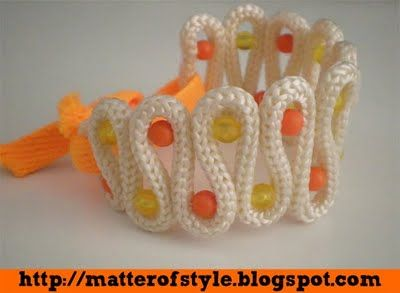 A Matter Of Style: DIY Fashion: Last minute DIY gift idea 4 your mom: rope bracelet- perhaps I could sew this now... don't I own a needle somewhere?