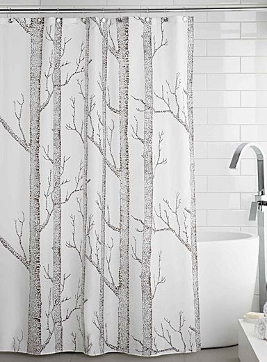 Exclusively from Simons Maison     Very trendy rustic pattern with tall birch tree trunks printed in contrasting charcoal on a white background.    Easy-care, waterproof fabric   Anti-rust metal eyelets   Weighted bottom seam   180 x 180 cm