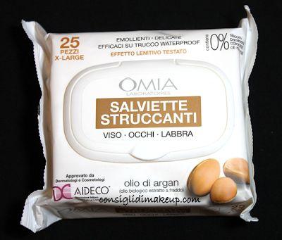 Review: Salviette Struccanti Viso Occhi e Labbra all'olio di Argan - OMIA