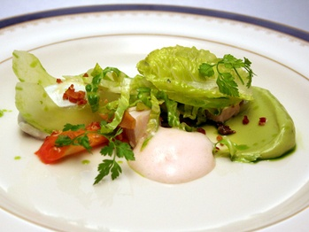 Romaine Lettuce, Tomato, Bacon, Roquefort, Avocado, Cucumber & Turkey ...