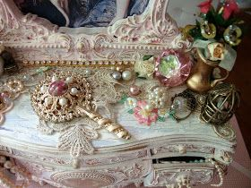 Hey Ladies, I found this vanity musical jewelry box at one of my local thrift stores and it was a very dark red color. Since I loooove Mar...