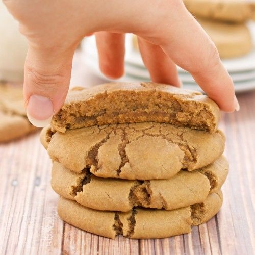 Brown Sugar Maple Cookies {Sweet Pea's Kitchen} -- though not the prettiest cookie, they may indeed be the tastiest! Just try not to eat the whole batch yourself... ;)
