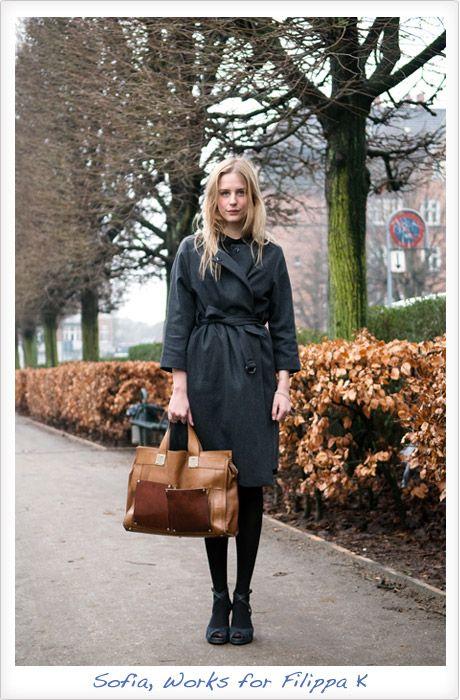 love this minimalistic, modern and sophisticated Scandinavian brand...   sofia-filippa K