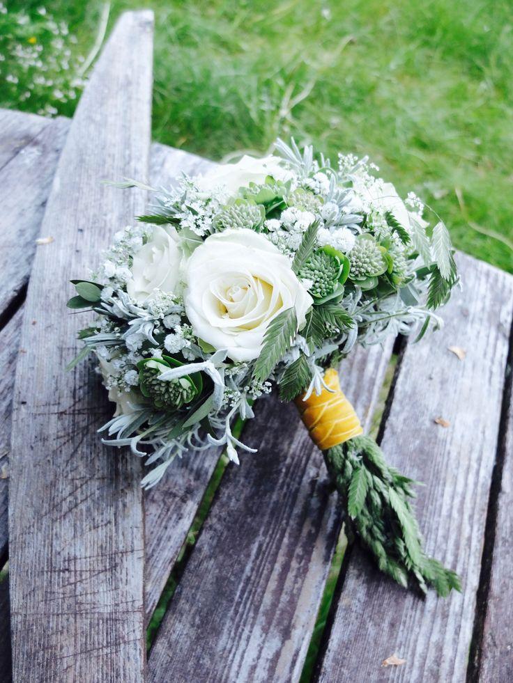 Brudebukett i klassisk stilform