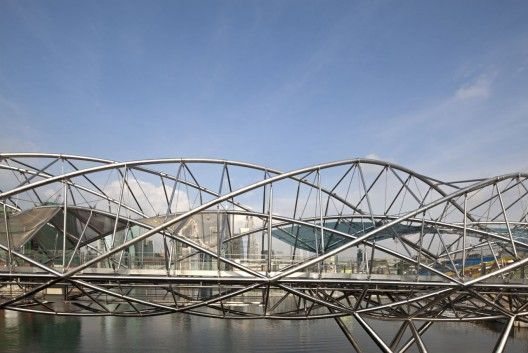 Helix Bridge / Cox Architecture with Architects 61 | ArchDaily