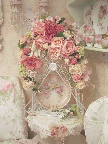 17 best images about shabby chic vignettes on pinterest olivia d 39 abo shabby chic cottage and. Black Bedroom Furniture Sets. Home Design Ideas