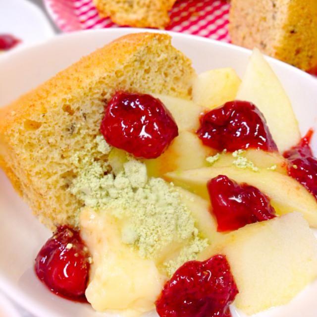 桜葉米粉シフォンケーキ、全卵カスタード、カスピ海ヨーグルト、リンゴ、鶯きな粉、とレモンジャムがけ。私、今日誕生日〜誕生日にしとこかな! - 27件のもぐもぐ - 桜葉米粉カスピ海ヨーグルト入シフォンケーキ by okiyo
