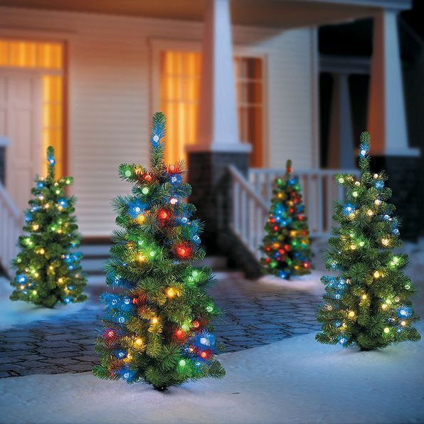 1000 images about outdoor christmas decorations on for Creative ways to hang christmas lights indoors