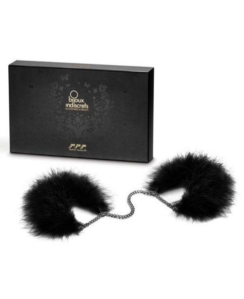 http://lenceriacaliente.es/es/mascaras-y-esposas/8341-bijoux-za-za-zu-feather-handcuffs-8437008001081.html